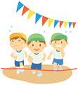 タイトル:運動会でかけっこをする三人の男の子