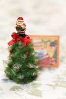 クリスマスツリーとカード