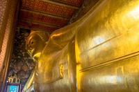 寝釈迦仏のワット・ポー寺院
