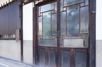 昔のガラス扉
