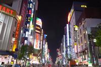 東京 新宿繁華街の夜景