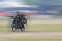【陸上自衛隊】偵察用オートバイ 射撃姿勢