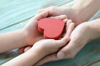 ハートの贈り物―親子の絆イメージ