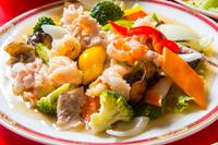 野菜たっぷり海の幸3種炒め