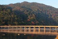 京都 秋の渡月橋