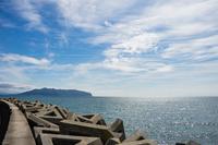 夏の津軽海峡と函館山