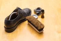 靴磨きイメージ