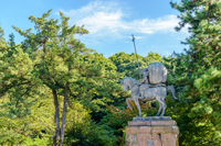 尾山神社境内風景 前田利家像