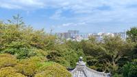 三井寺観音堂からの大津市街地の眺望