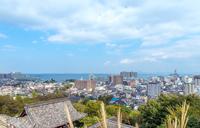 三井寺観音堂と大津市街地の眺望