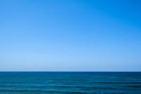 日本海と青い空