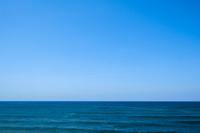水平線と日本海と青い空