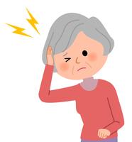 シニア女性 頭痛