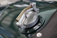 自動車のガソリンタンクのキャップ