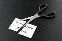 残業と長時間労働問題を切る