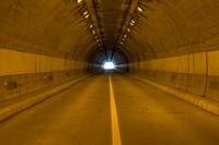 トンネル素材