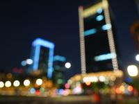 東京駅前丸の内の夜間風景