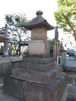 台東区谷中の観音寺にある赤穂浪士供養塔