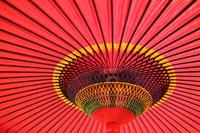 赤い傘 背景