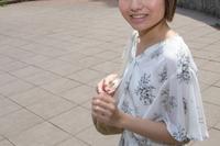 日本の若い女性
