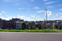 青空と街並み