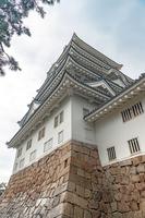 雨の中の福山城天守閣