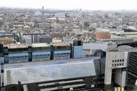 京都タワーから眺める街並みと京都駅