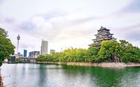 朝焼けの広島城