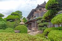 旧毛利家本邸と庭園風景