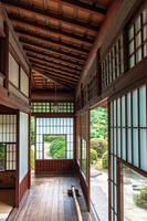 邸宅の縁廊下