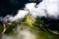 雲の上からマチュピチュを望む
