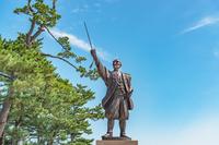 松江城 堀尾吉晴公像