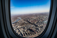 飛行機の窓から見える北京の街並み