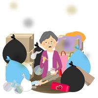 ゴミと高齢者 シニア女性 カップ麺