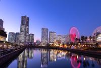 横浜市 みなとみらいの夜景