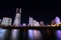 横浜みなとみらいの夜景 全館点灯