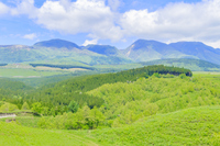 草原とくじゅう連山 熊本県産山村