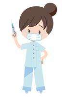 注射器を持つ看護師