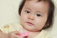 赤ちゃん(0歳児)の笑顔