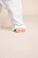赤ちゃんの足元
