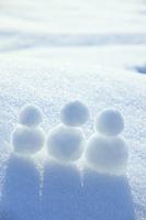 雪だるま3つ