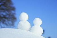 雪だるま2つ