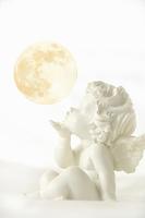 月とエンジェル