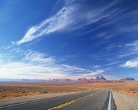 荒野の道路