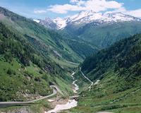 グリムゼル峠の峡谷