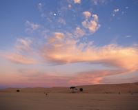 砂漠と夕焼け空