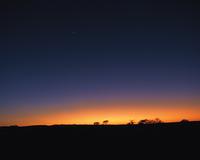 夕焼け空と砂漠