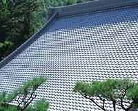 勝持寺の瓦葺き屋根