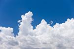 高原の青空と雲