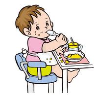 食事する幼児